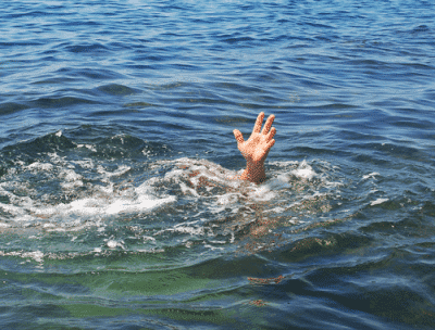 drowning 400x304 Pastor Drowns When He Attempts To Walk On Water