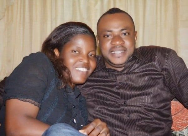 Photo of Odunlade Adekola and his wife dances to his song 'Omobaba' (Video)
