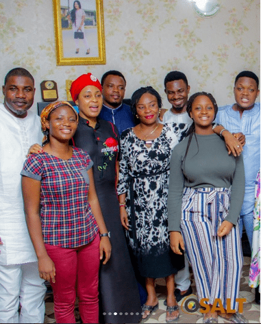 Photo of Jide Kosoko and his daughters, Sola and Bidemi hold 25th year remembrance in honor of their late mom (photos)