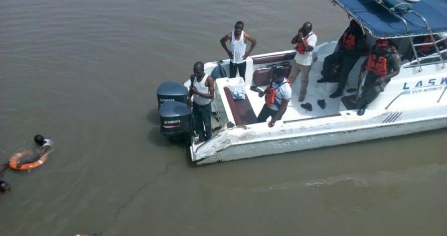 Photo of How stomach ache made Man on 3rd mainland bridge jump into Lagos ocean today