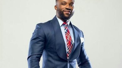 Photo of Iyanya shakes table, calls out his management , Temple music
