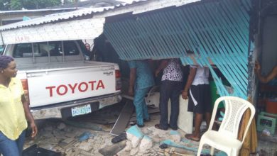Photo of Photos From The Accident That Left A Lady Unconscious In Port-Harcourt