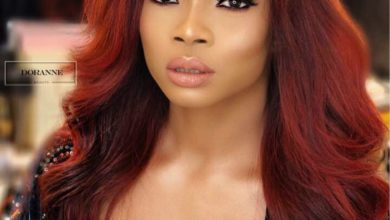 Photo of Toke Makinwa sparks controversy on 'washing of bra' debate