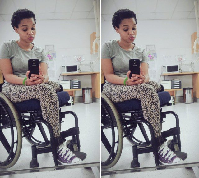 Photo of Despite her disability, this Lady remains positive about life…