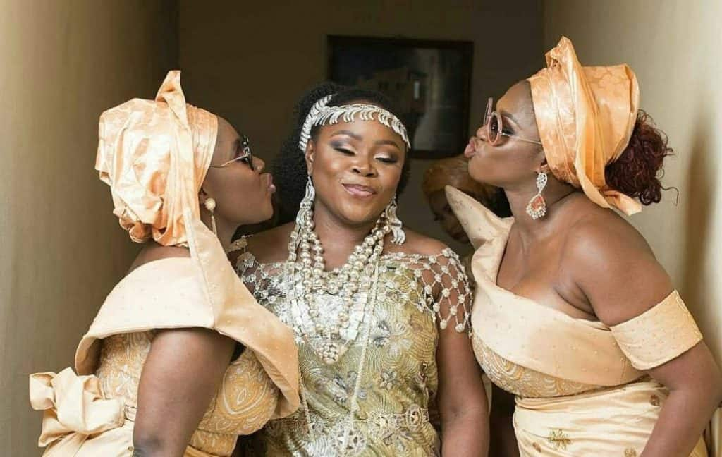 Photo of Omawumi's Wedding: Omotola, Others pray for Waje to find love