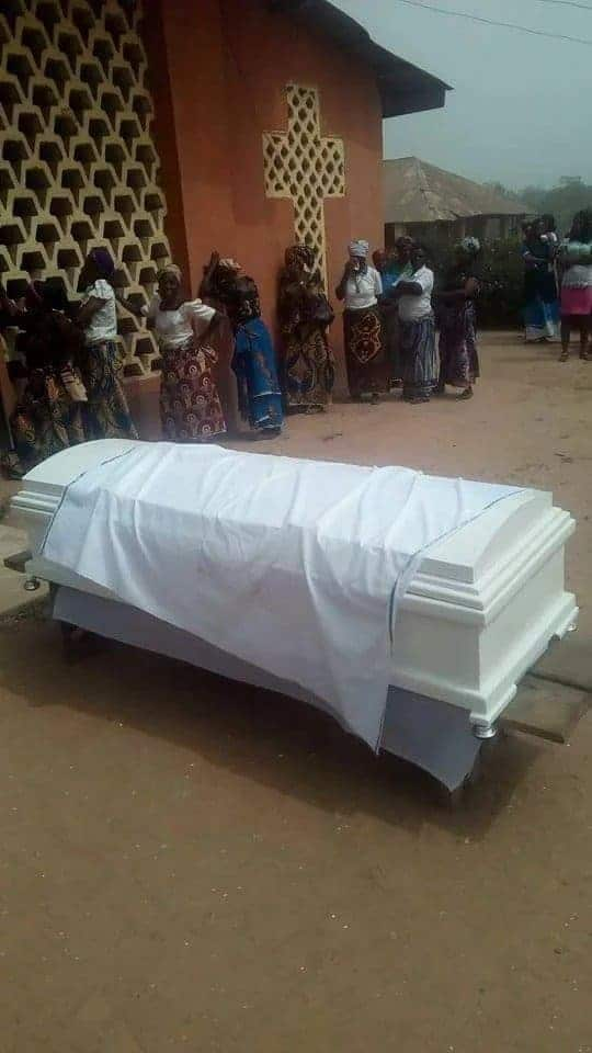 Photo of Sad! Final year student killed by Fulani herdsmen laid to rest amid tears (Photo)