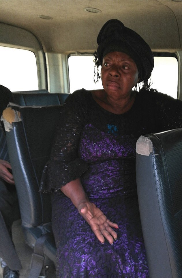 Photo of Lady scams Man of N4M with promise of getting him job with Goodluck Jonathan