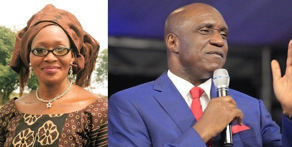 Photo of After dragging her to prison, Pastor Ibiyeomie leads Kemi Olunloyo to Christ (details)