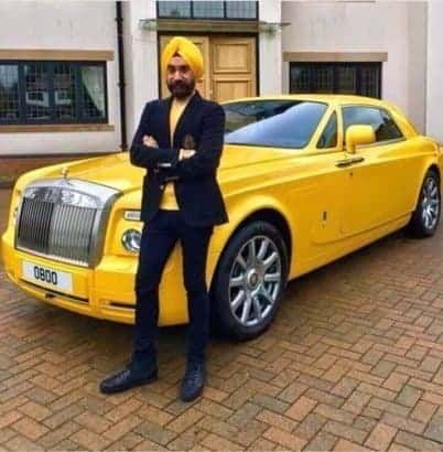 Photo of This Business man has a Rolls Royce for each of his turbans (photos)