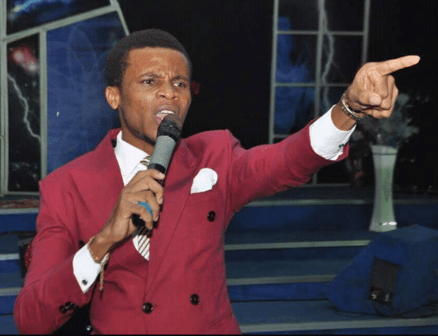 Photo of Young Nigerian pastor' declares death on rich people who don't help pastors this year