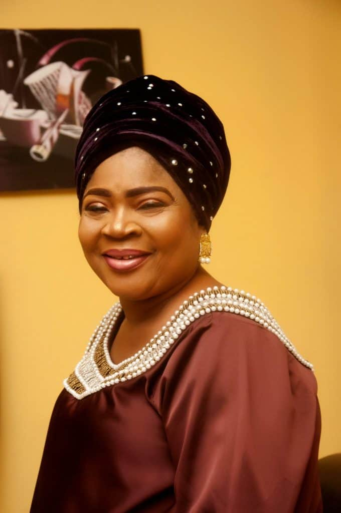 Photo of Queen Salawa Abeni reveals how colleagues deserted her after she became paralyzed for six years…
