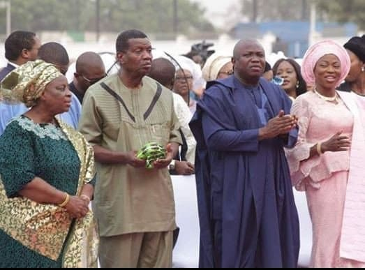 Photo of Pastor Adeboye attends Governor Ambode's annual thanksgiving (photos)
