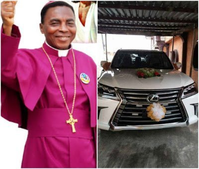 Photo of Warri Bishop receives 2018 Lexus SUV from his church members for birthday (photos)
