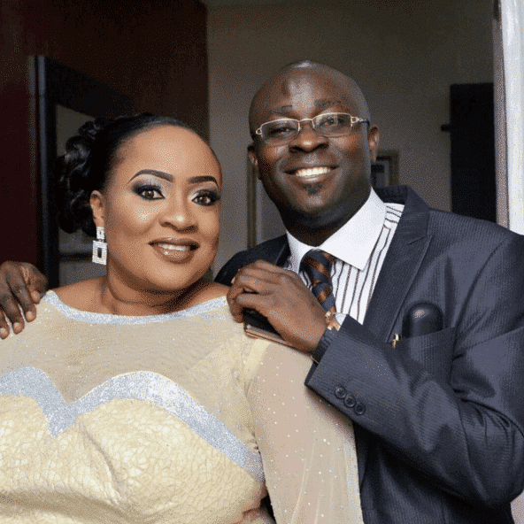 Photo of Foluke Daramola's husband is counting down to her big 40th birthday (details)
