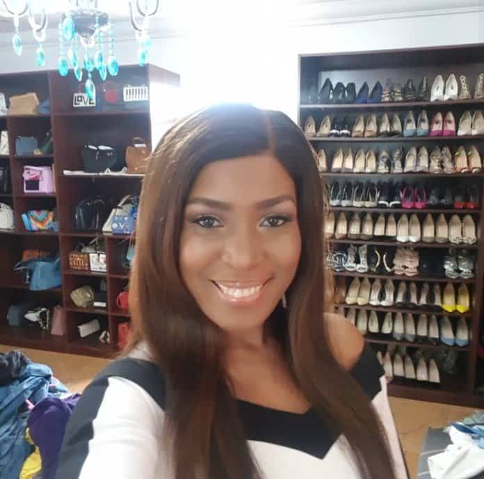 Photo of Linda Ikeji encourages hustlers as she flaunts all her assets