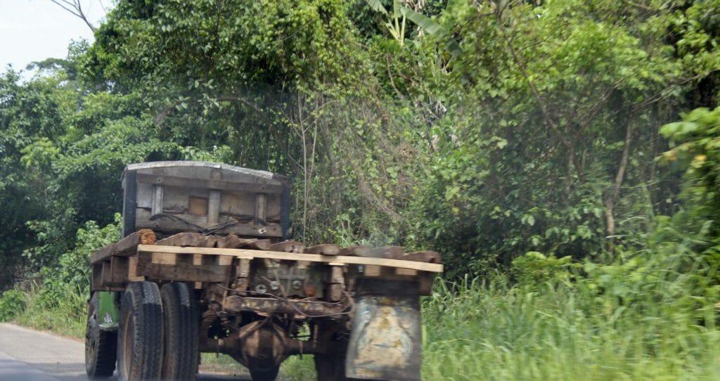 Photo of Couple ride Lorry to their wedding in Imo state (photos)