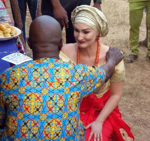 Photo of Nigerian Man marries his German girlfriend in Anambra (Photos)