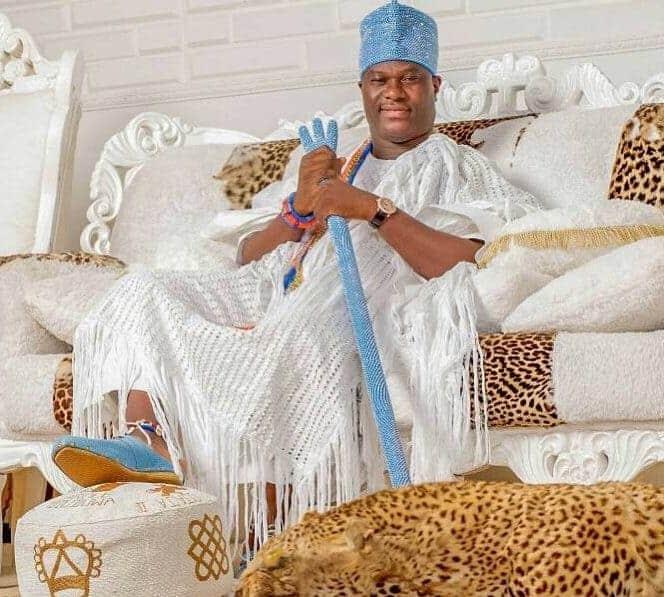 Photo of 2018: Ooni of Ife, Adeyeye Enitan Ogunwusi, warns against wealth and vanity