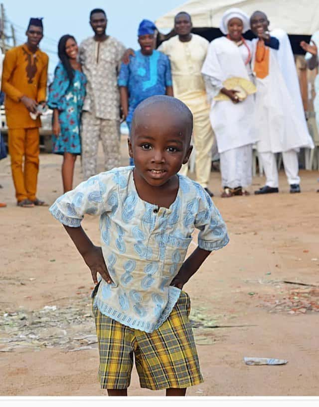 Photo of Nigerian viral photobomber begins school (photos)