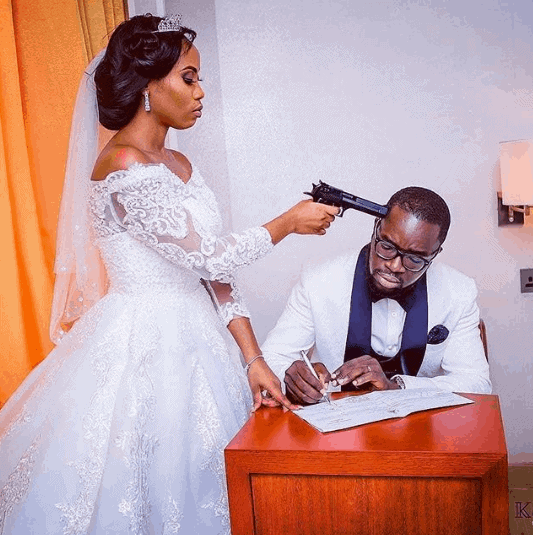 Photo of Soon-to-wed Nigerian lady rains curses on her fiance after learning he got married 3 months ago (photos)