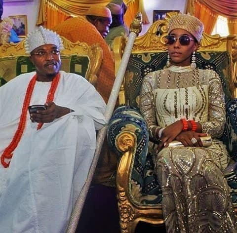 Photo of Oluwo of Iwo reveals how the Ooni of Ife ordered his guard to push him at public gathering in Port Hacourt