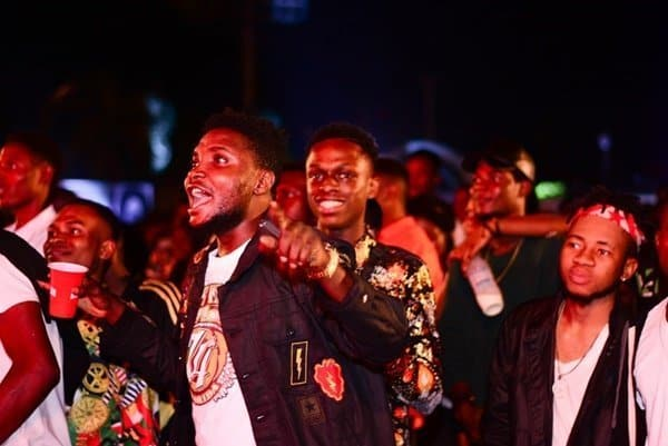 Photo of DJ Spinall, Mayorkun And Skales Thrill Fans At The Benin Smirnoff X1 Tour