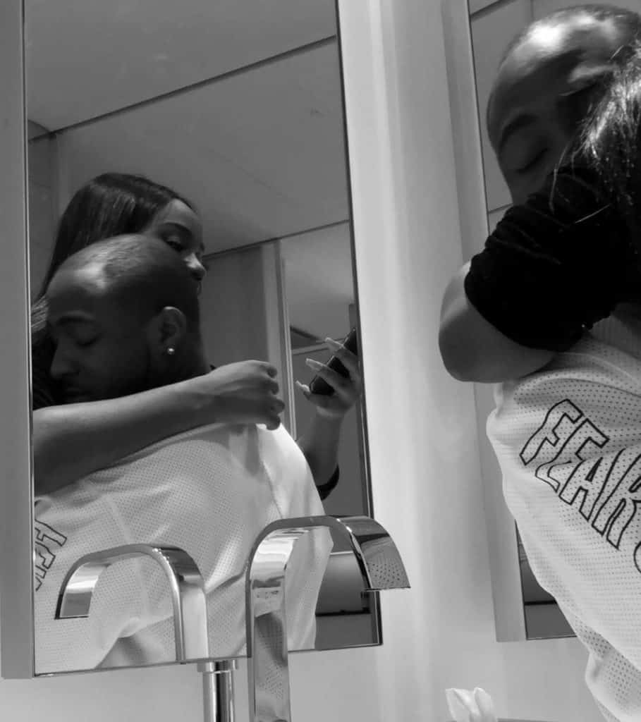 Photo of Davido and his girlfriend, Chioma in loved up pictures