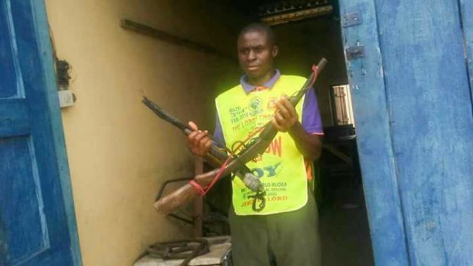 Photo of Lord's Chosen Pastor disarms two armed robbers with bare hands in Rivers State (Photos)
