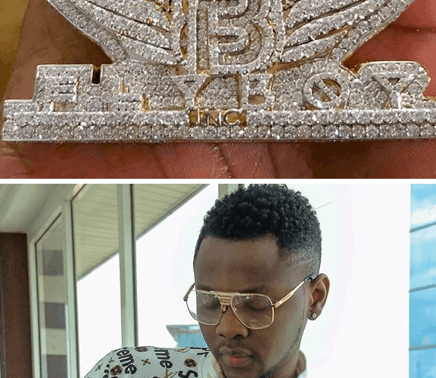 Photo of Kiss Daniel spends N14 million on necklace (pictures)