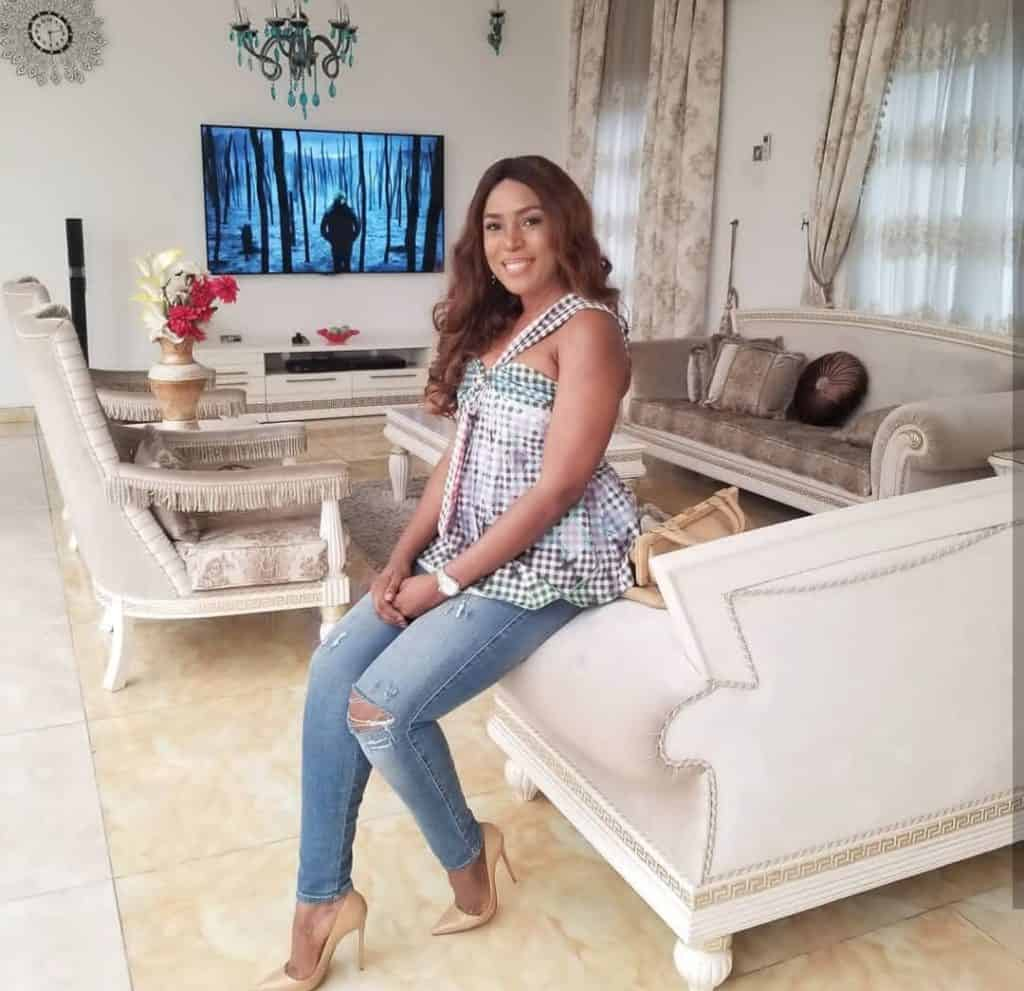 Linda Ikeji finally speaks on her engagement and how blessed she is... (photos)