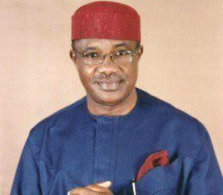 Photo of Cows and dogs more valuable than human lives under APC – Senator Ohuabunwa