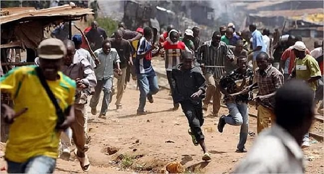 Photo of Many reported dead as Yoruba, Hausa youths clash in Lagos