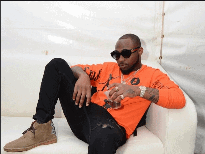 Photo of Davido is broke…cries out for $10million