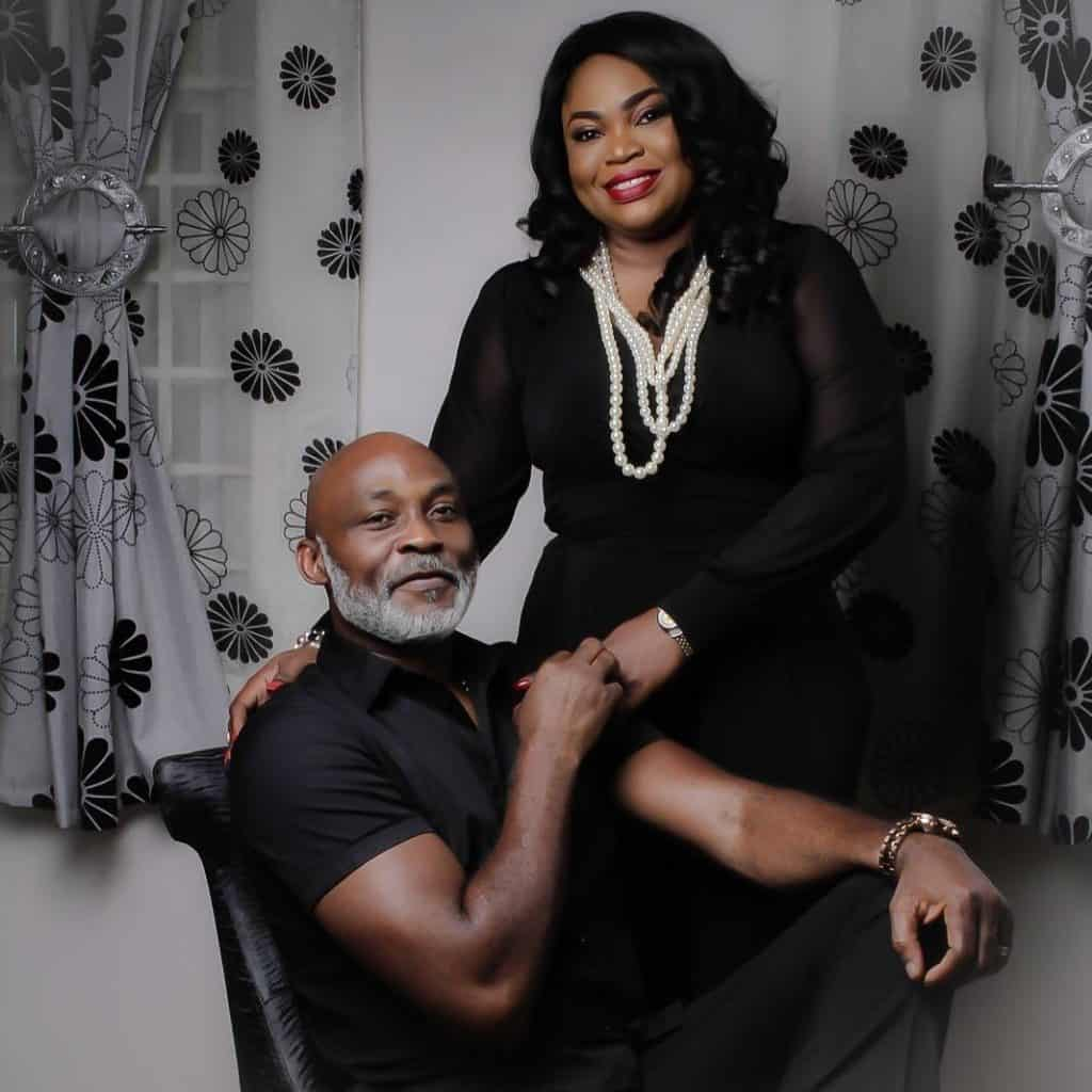 Photo of Richard Mofe Damijo ignores lady who wants to be his second wife
