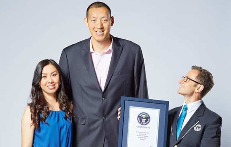 Photo of Amazing: Meet the world's tallest married couple (Photos)
