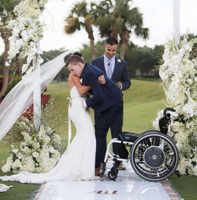 Photo of Unbelievable: Groom walks down aisle on his wedding day after 7 years in wheelchair (Photos)