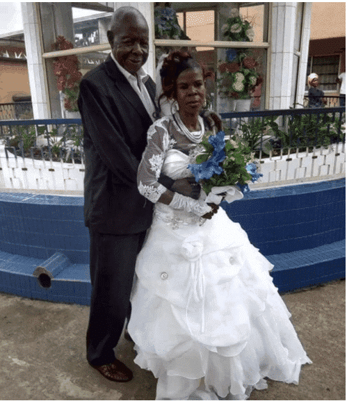 Photo of Elderly Nigerian couple wed in style (photos)