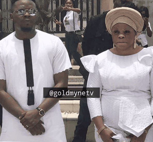 Press men absent as Olamide buried his mum in Ikoyi cemetery
