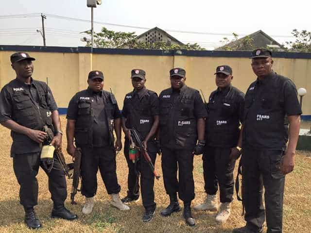 SARS operatives cause protest in Ota after shooting two truck drivers