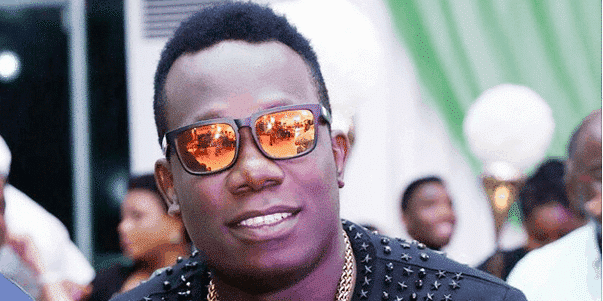 Photo of Duncan Mighty narrates how he moved from buying Okrika clothes to wearing Gucci jacket