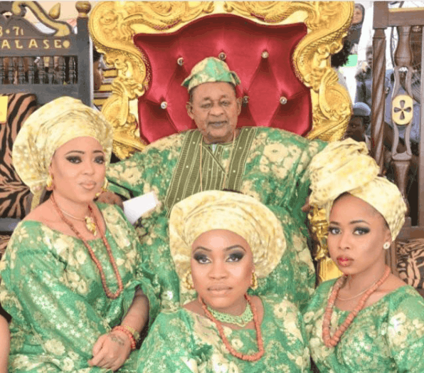 Photo of Alaafin Of Oyo, Oba Adeyemi set to christen his two sets of twins with lavish party (photos)