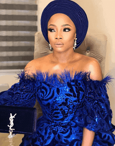 Photo of Toke Makinwa's message to those having a lonely valentine