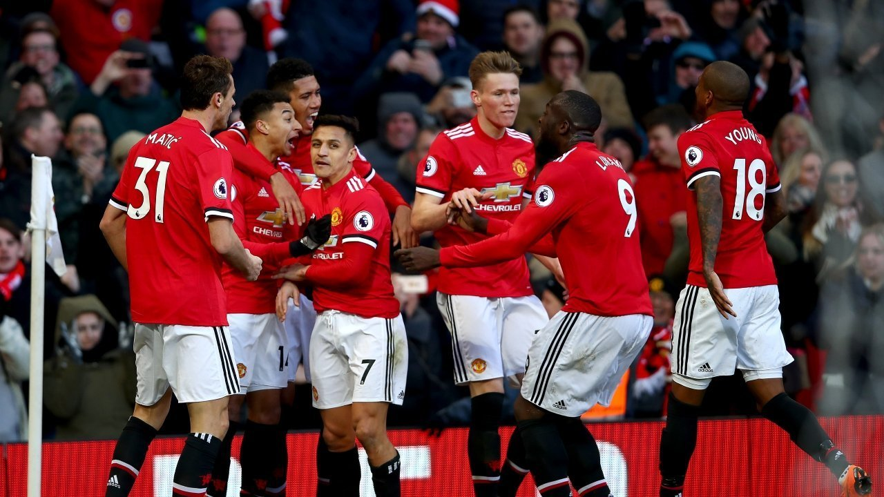 Photo of Manchester United named football's most valuable team
