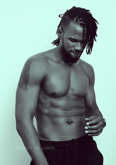Did singer Pelli just shade Kcee saying his six packs is photoshopped?