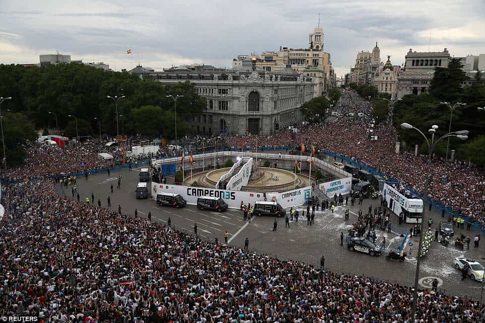 Real Madrid fans troop out to celebrate 13th UCL title (Photos)