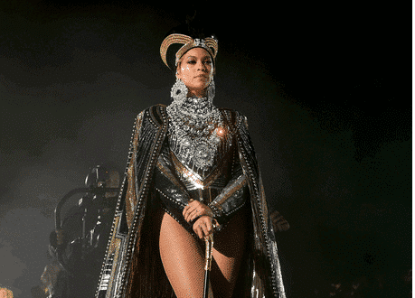 Photo of Beyonce opens church in New Orleans (details)