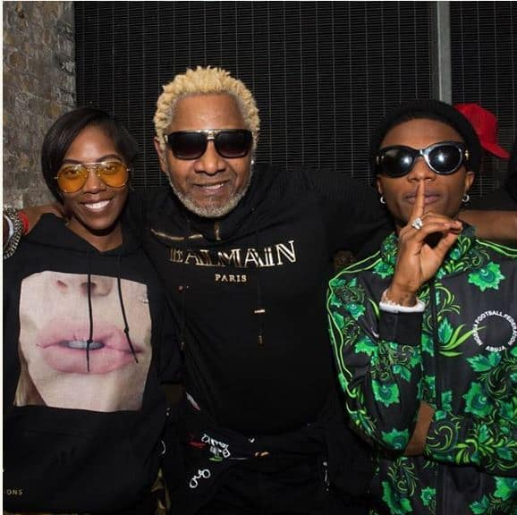 Photo of Celebrity BFF, Tiwa Savage and Wizkid hang out with Awilo Longomba in London