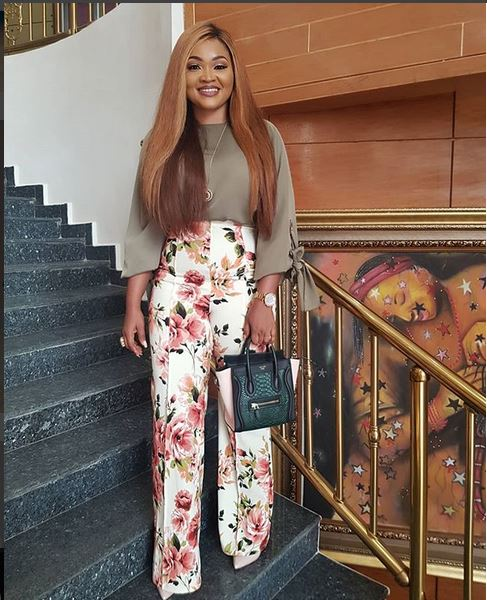Photo of Mercy Aigbe reacts to Davido sealing a deal worth N100million for Chioma