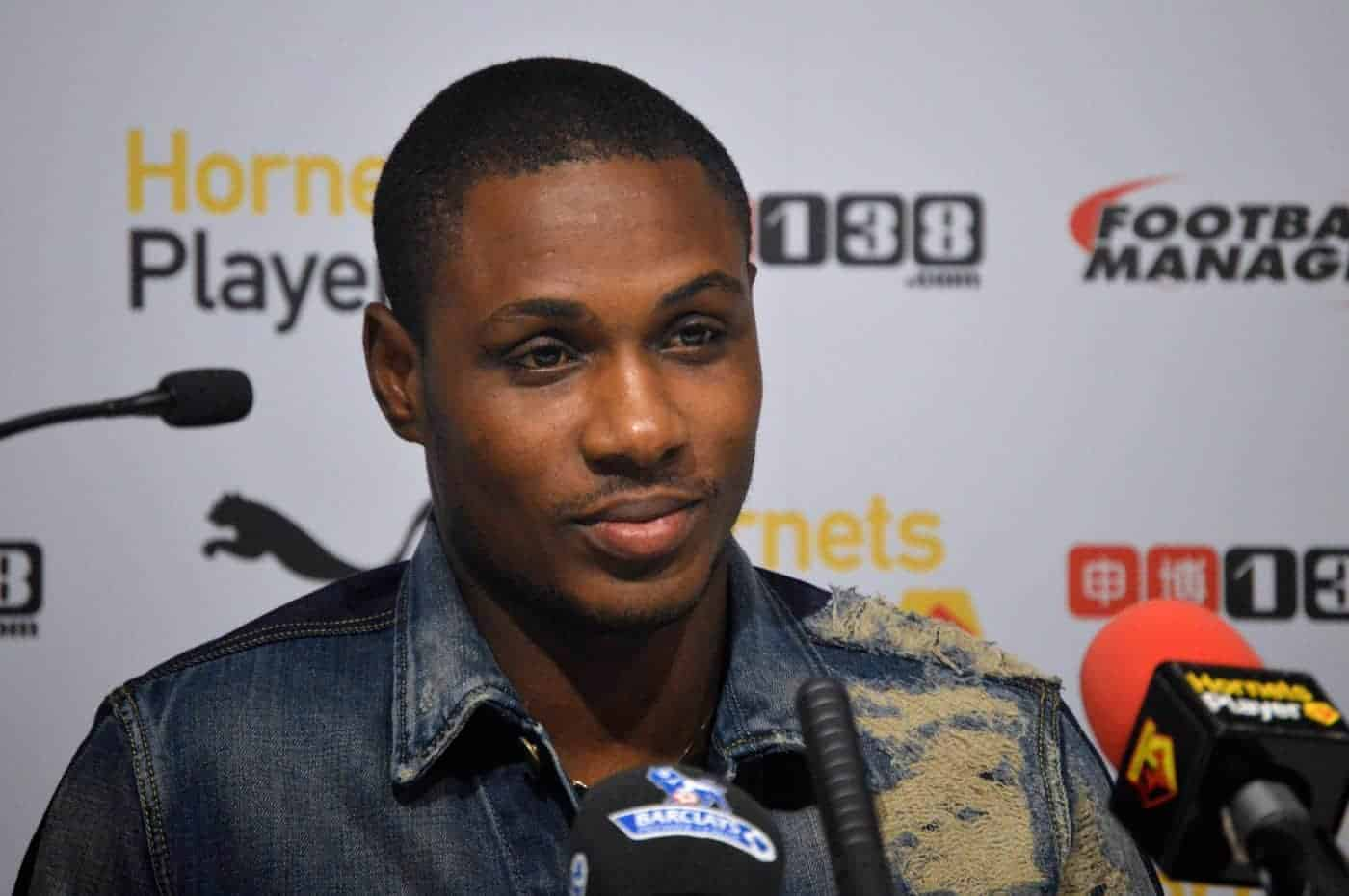 Photo of Ighalo shares throwback photo from his visit to Manchester United as a fan
