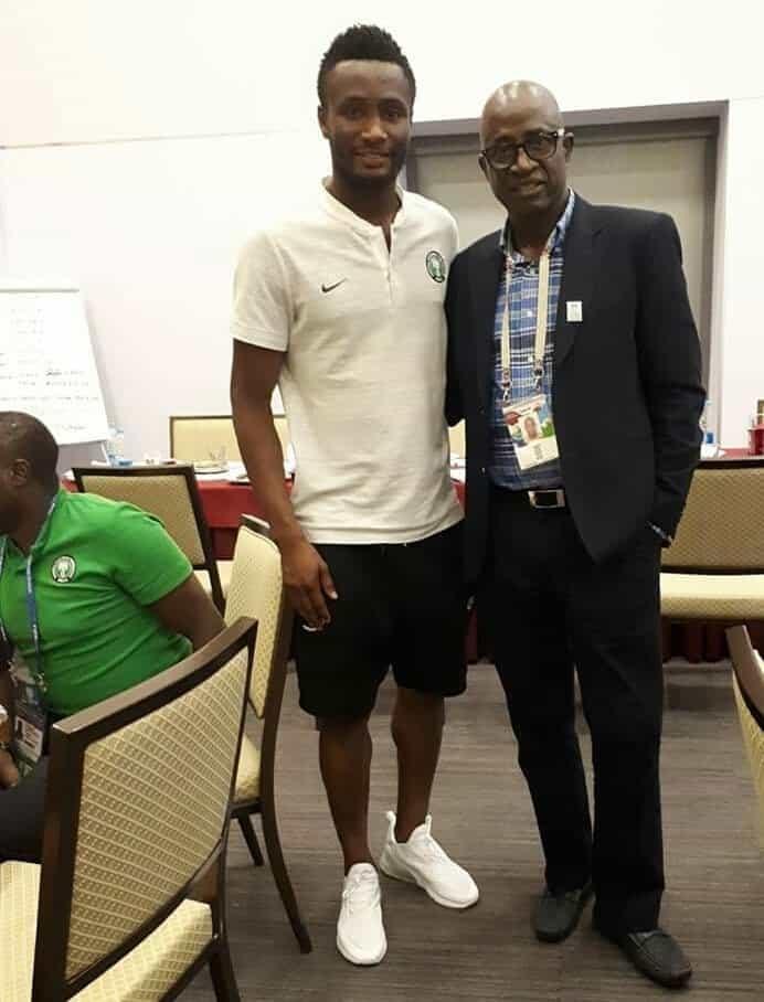 Photo of Segun Odegbami visits Super Eagles camp ahead of Argentina match